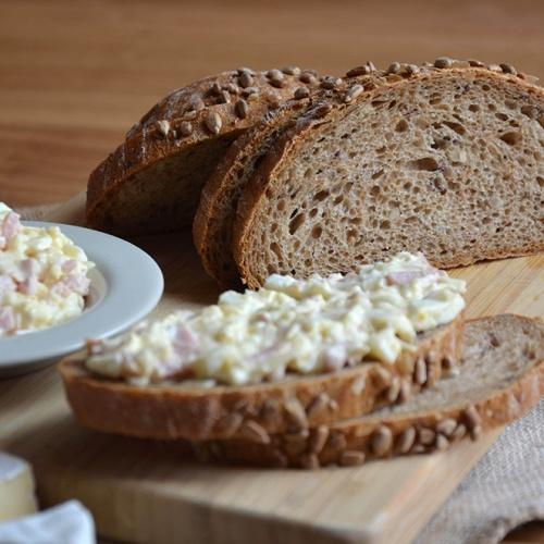 Chléb slunečnicový krájený 500g balený