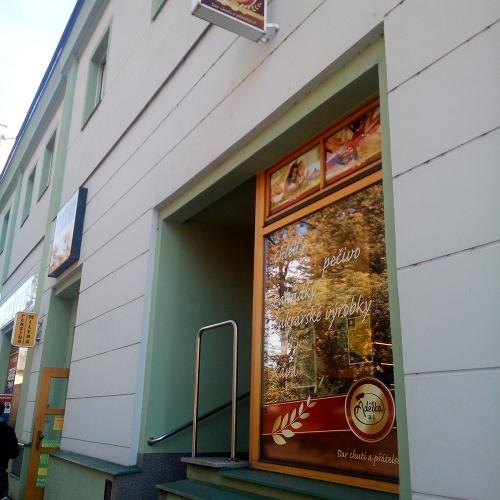 519 − Husovo náměstí 529, Tábor